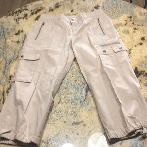 Never worn new Ralph Lauren size 6 pants